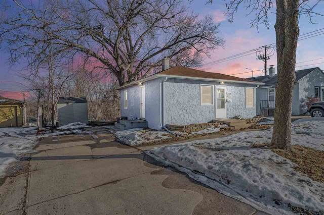 1720 S Frederick Dr, Sioux Falls, SD 57105 (MLS #22100195) :: Tyler Goff Group