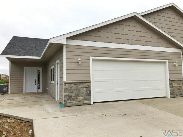 806 E Elmwood Ave, Canton, SD 57013 (MLS #22100212) :: Tyler Goff Group