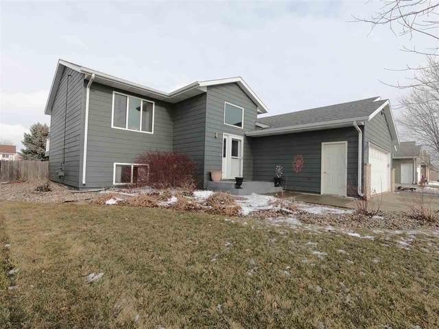 7716 W Alexandra St, Sioux Falls, SD 57106 (MLS #22100224) :: Tyler Goff Group