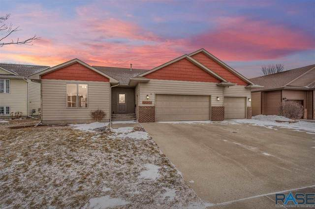 7708 W Marlis St, Sioux Falls, SD 57106 (MLS #22100243) :: Tyler Goff Group