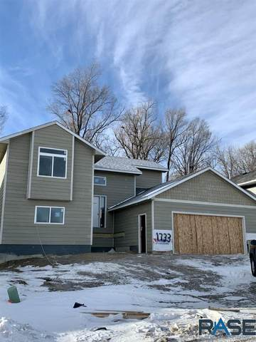 1733 E Tracy Ln, Sioux Falls, SD 57103 (MLS #22100255) :: Tyler Goff Group