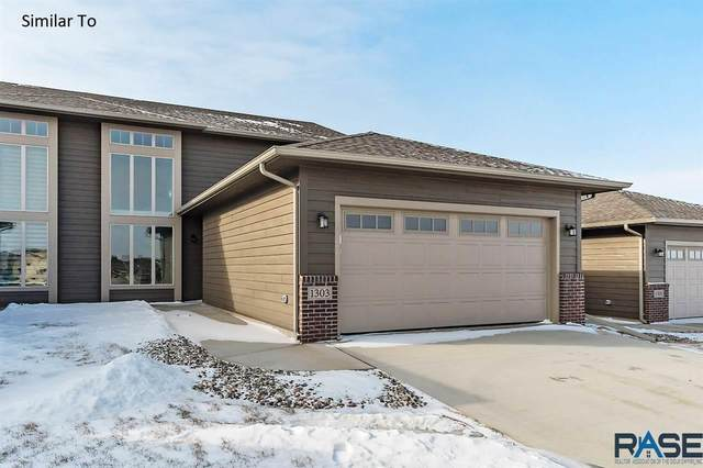 528 S Mary Gene Ave, Sioux Falls, SD 57106 (MLS #22100496) :: Tyler Goff Group