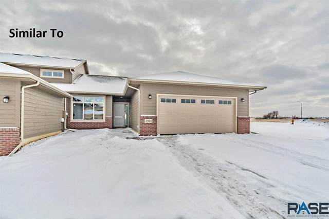 530 S Mary Gene Ave, Sioux Falls, SD 57106 (MLS #22100500) :: Tyler Goff Group
