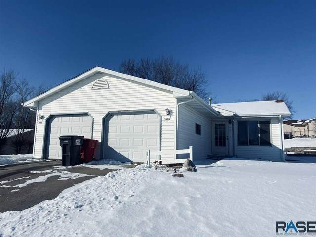 3909 S Terry Ave, Sioux Falls, SD 57106 (MLS #22100687) :: Tyler Goff Group