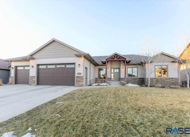 8501 S Quiet Oak Cir, Sioux Falls, SD 57108 (MLS #22100816) :: Tyler Goff Group