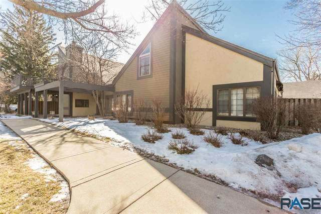 4302 S Minnesota Ave, Sioux Falls, SD 57105 (MLS #22100830) :: Tyler Goff Group