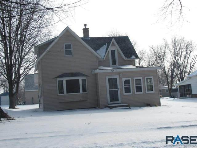 405 S Main Ave, Hills, MN 56138 (MLS #22100845) :: Tyler Goff Group