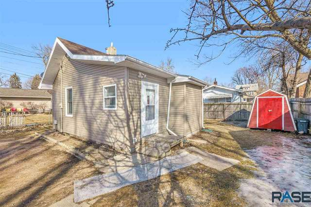 713 S Menlo Ave, Sioux Falls, SD 57104 (MLS #22100958) :: Tyler Goff Group