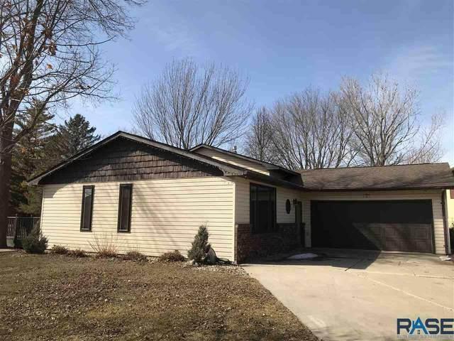 101 Parkview Dr, Lake Benton, MN 56149 (MLS #22101005) :: Tyler Goff Group