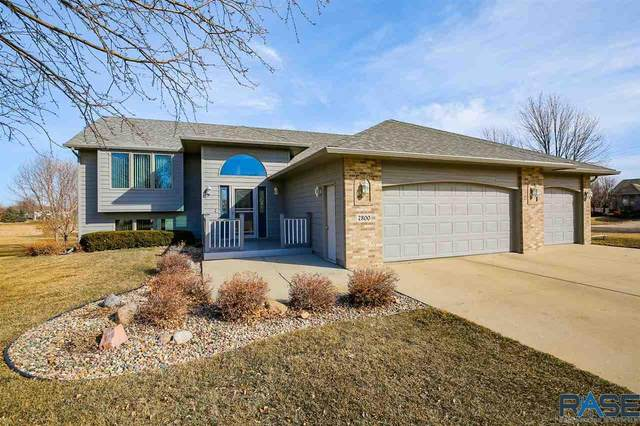 7300 W Ford Cir, Sioux Falls, SD 57106 (MLS #22101020) :: Tyler Goff Group