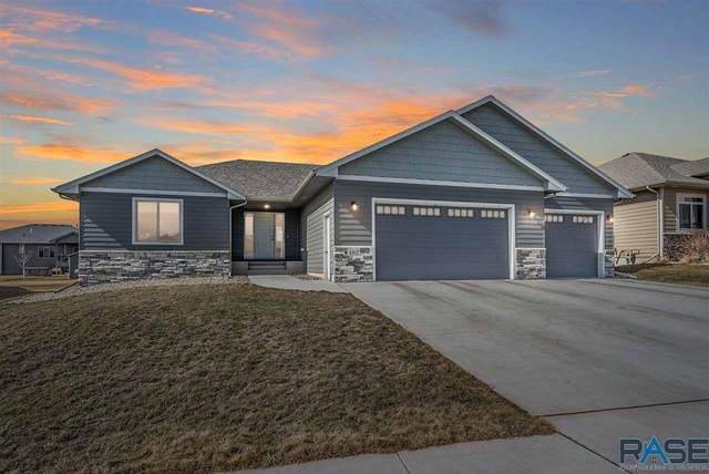 4317 S Alpine Ave, Sioux Falls, SD 57110 (MLS #22101071) :: Tyler Goff Group