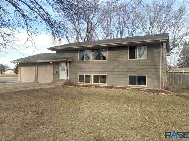 100 S 6th Ave, Brandon, SD 57005 (MLS #22101203) :: Tyler Goff Group