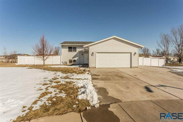 4628 W Briggs Dr, Sioux Falls, SD 57107 (MLS #22101353) :: Tyler Goff Group
