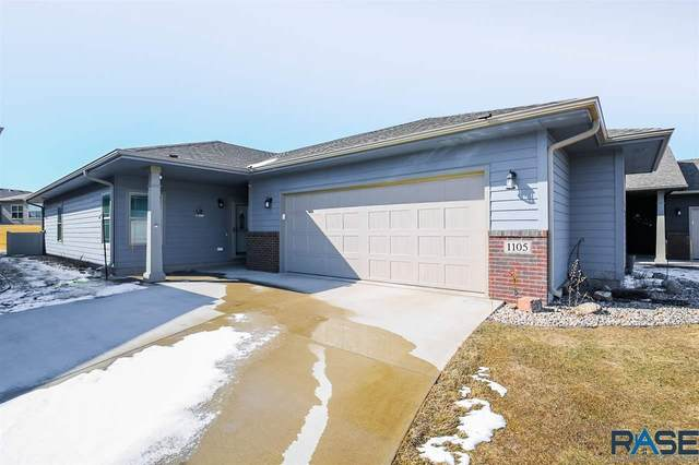 1105 S Wheatland Ave, Sioux Falls, SD 57106 (MLS #22101393) :: Tyler Goff Group