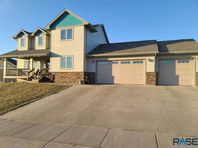 1401 W Creekside Dr, Brandon, SD 57005 (MLS #22101510) :: Tyler Goff Group