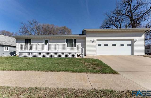 402 W 9th St, Canton, SD 57013 (MLS #22101552) :: Tyler Goff Group