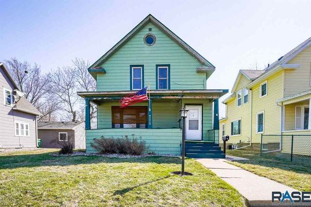 228 N Franklin Ave, Sioux Falls, SD 57103 (MLS #22101583) :: Tyler Goff Group