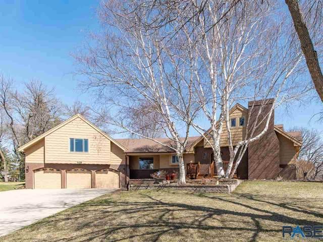 108 S Oak Ridge Rd, Brandon, SD 57005 (MLS #22101673) :: Tyler Goff Group