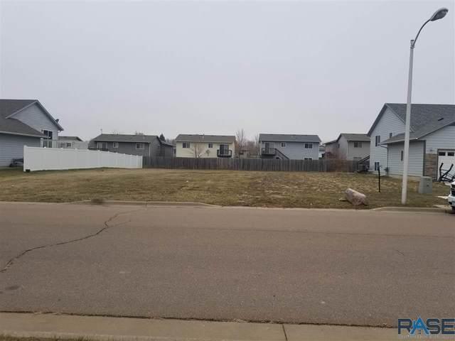 1516 E 69TH St N N, Sioux Falls, SD 57104 (MLS #22101690) :: Tyler Goff Group