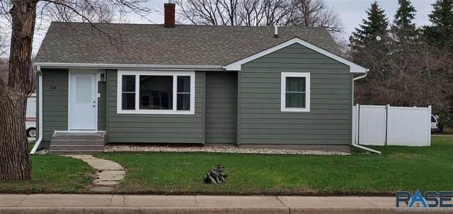 530 N Nebraska St, Salem, SD 57058 (MLS #22101790) :: Tyler Goff Group
