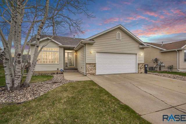 5209 S Carrick Ave, Sioux Falls, SD 57106 (MLS #22101862) :: Tyler Goff Group