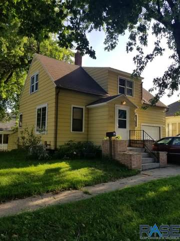 416 Maple St, Luverne, MN 56156 (MLS #22101872) :: Tyler Goff Group