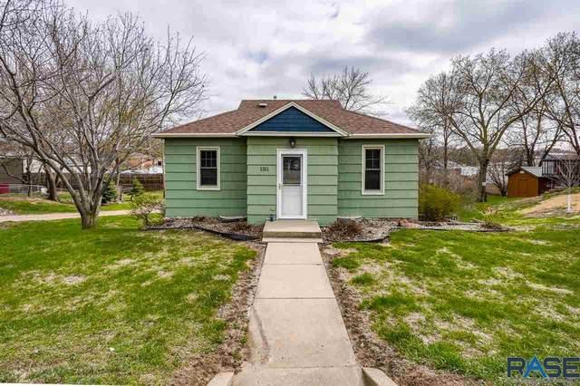 1311 E Bennet St, Sioux Falls, SD 57103 (MLS #22101875) :: Tyler Goff Group