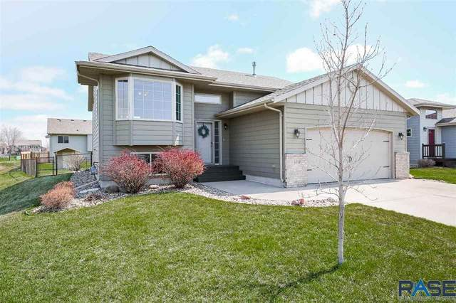 4616 S Grinnell Ave, Sioux Falls, SD 57106 (MLS #22101901) :: Tyler Goff Group