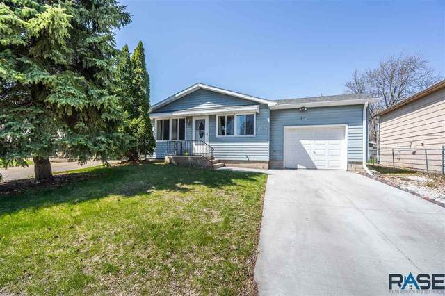 609 S Kennedy Ave, Sioux Falls, SD 57103 (MLS #22102083) :: Tyler Goff Group