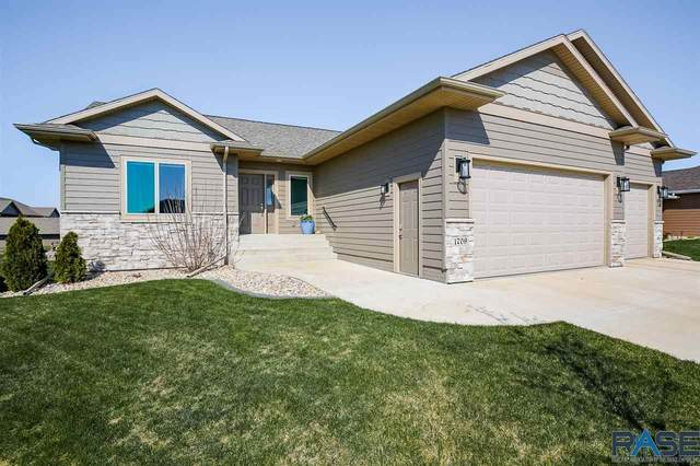 1709 S Andrew Ave, Sioux Falls, SD 57106 (MLS #22102106) :: Tyler Goff Group