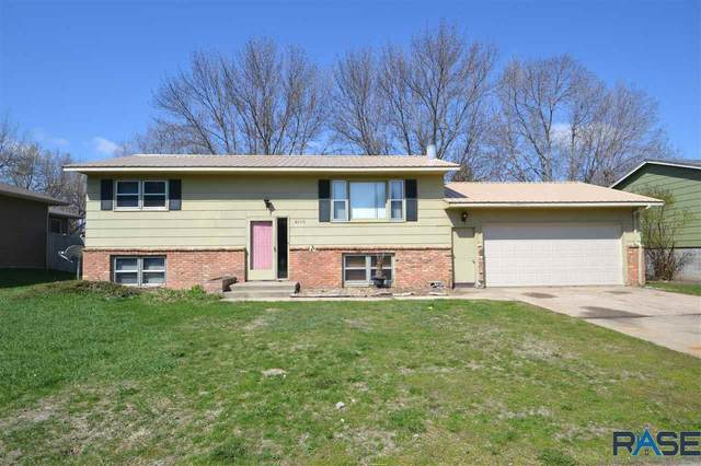 4209 S Holbrook Ave, Sioux Falls, SD 57106 (MLS #22102121) :: Tyler Goff Group
