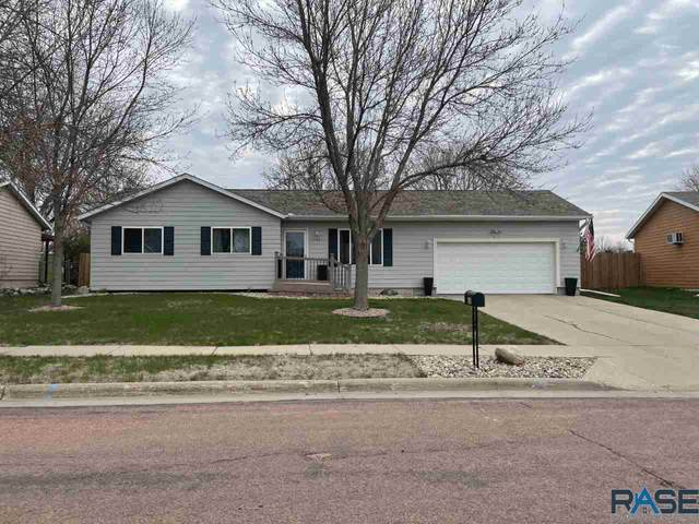 406 Mary Ln, Hartford, SD 57033 (MLS #22102146) :: Tyler Goff Group