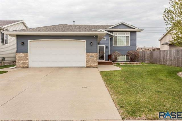 4404 S Galway Ave, Sioux Falls, SD 57106 (MLS #22102228) :: Tyler Goff Group