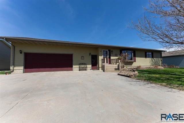 430 E Sabers Ave, Salem, SD 57058 (MLS #22102249) :: Tyler Goff Group