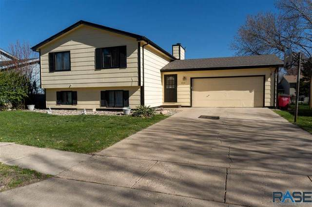 5112 W Royal St, Sioux Falls, SD 57106 (MLS #22102281) :: Tyler Goff Group