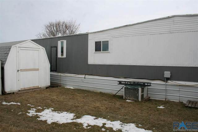 1401 S Main St #84, Mitchell, SD 57301 (MLS #22102285) :: Tyler Goff Group