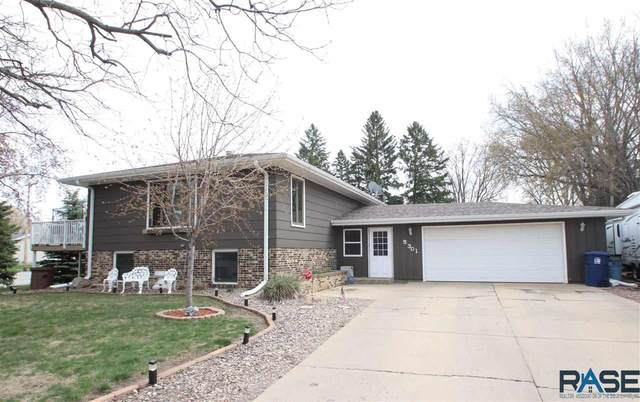 5301 W Pritchard Dr, Sioux Falls, SD 57106 (MLS #22102315) :: Tyler Goff Group