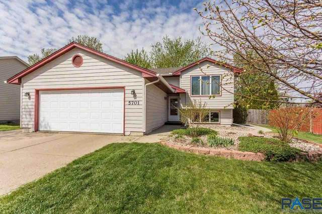 5701 S Southwind Ave, Sioux Falls, SD 57106 (MLS #22102431) :: Tyler Goff Group