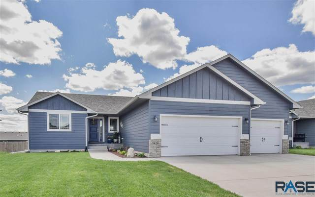 3829 S Attalia Ct, Sioux Falls, SD 57110 (MLS #22102489) :: Tyler Goff Group
