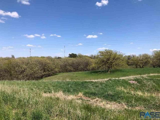 5609 E Markham Cir, Sioux Falls, SD 57110 (MLS #22102530) :: Tyler Goff Group