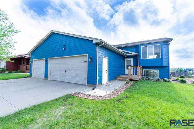 612 S Wheatland Ave, Sioux Falls, SD 57106 (MLS #22102619) :: Tyler Goff Group