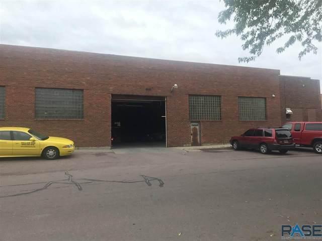 210 N Fairfax Ave, Sioux Falls, SD 57103 (MLS #22102632) :: Tyler Goff Group