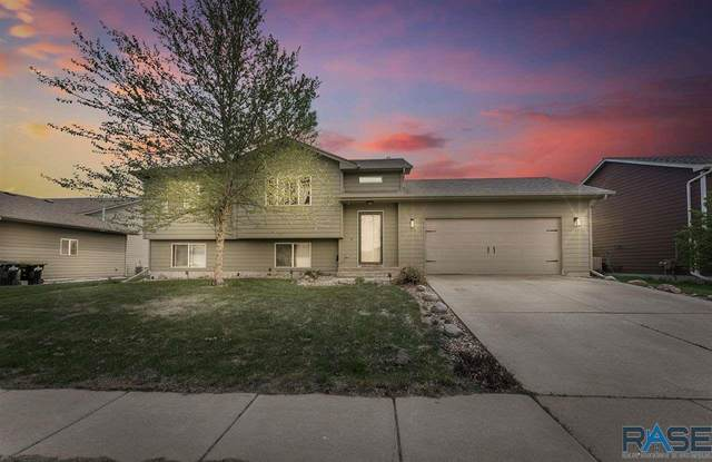 7809 W 44th St, Sioux Falls, SD 57106 (MLS #22102687) :: Tyler Goff Group