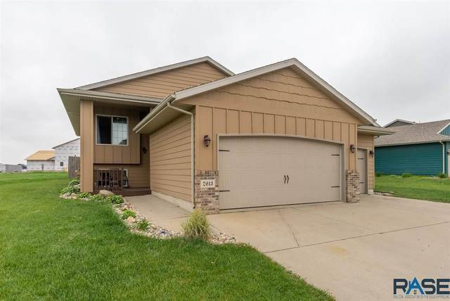2613 S Lancaster Dr, Sioux Falls, SD 57106 (MLS #22102734) :: Tyler Goff Group