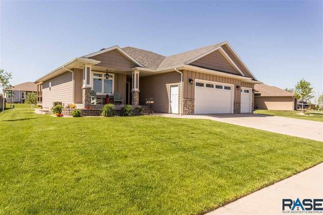 5425 S Woodsedge Trl, Sioux Falls, SD 57108 (MLS #22102845) :: Tyler Goff Group