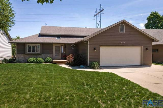 2520 S Avondale Ave, Sioux Falls, SD 57110 (MLS #22102848) :: Tyler Goff Group