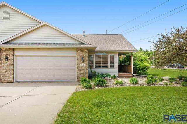 1201 E 61st St, Sioux Falls, SD 57108 (MLS #22102874) :: Tyler Goff Group