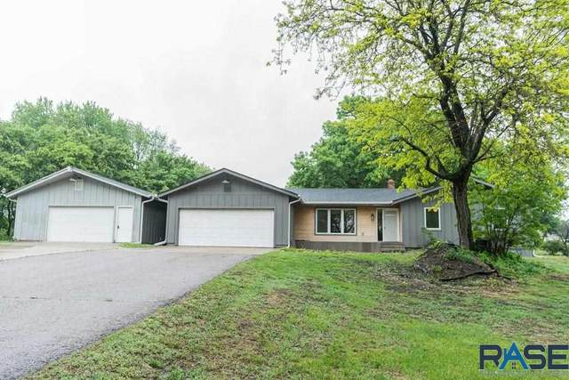 7700 E 39th St, Sioux Falls, SD 57110 (MLS #22102912) :: Tyler Goff Group