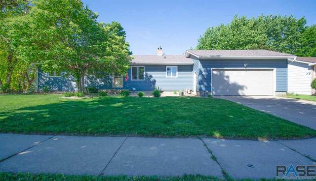 4313 S Hickory Hill Rd, Sioux Falls, SD 57103 (MLS #22102964) :: Tyler Goff Group
