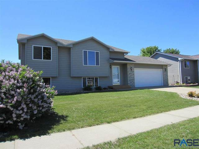 6015 S Aaron Ave, Sioux Falls, SD 57106 (MLS #22102975) :: Tyler Goff Group